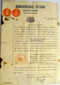 1937 identity document for Kitty Uitenhagede Mist-Barkey prior to marriage