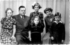 The van der Sommen family in 1950